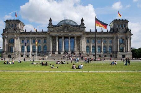 مهاجرت به آلمان و زندگی در آن