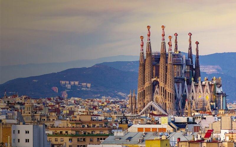 راهنمای جامع شرایط زندگی در اسپانیا