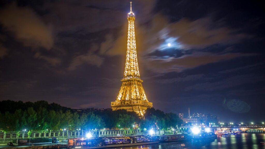 اقامت از طریق تمکن مالی فرانسه