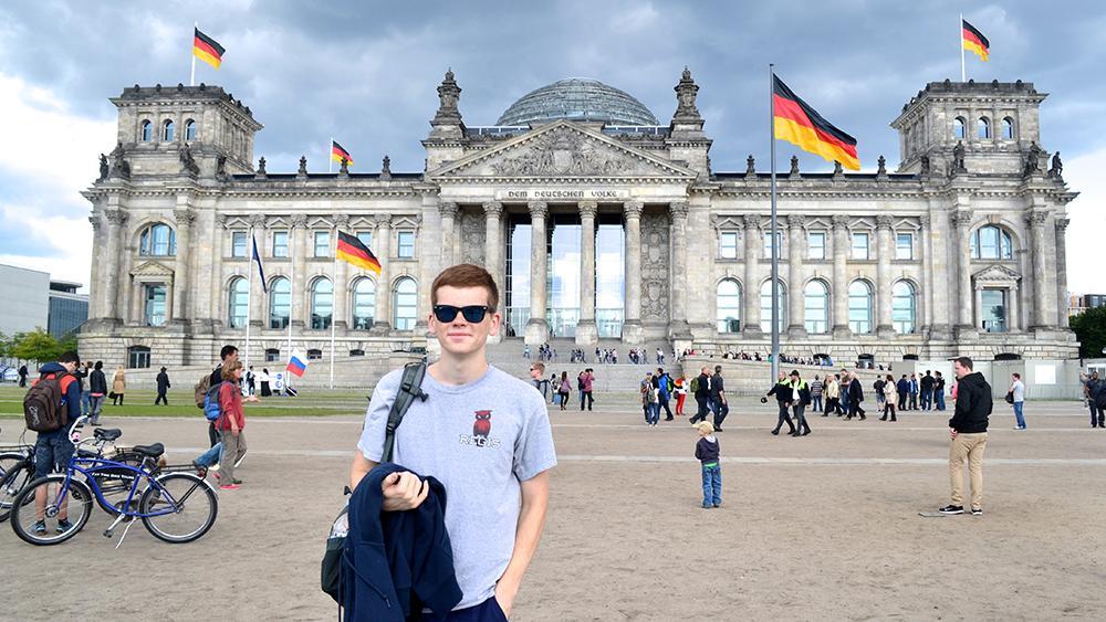 اهمیت ویزای موقت آلمان برای فردی متقاضی اقامت دائم