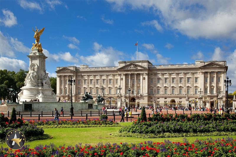 گشت و گذاری در کاخ باکینگهام انگلیس